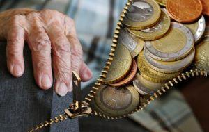 ile trzeba mieć lat pracy do emerytury