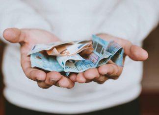 Jak płacić w wielu walutach przez internet? Zalety prowadzenia konta i portfela internetowego
