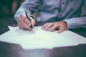 Jak napisać sprostowanie świadectwa pracy