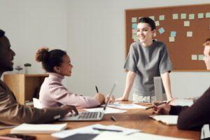 Jak wypowiedzieć umowę o pracę na czas nieokreślony