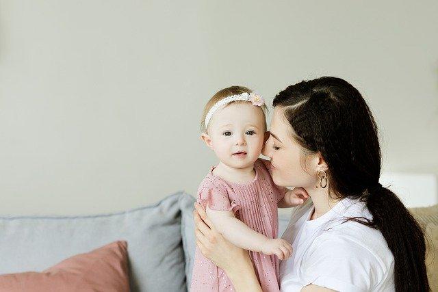 Czy macierzyński wlicza się do stażu pracy